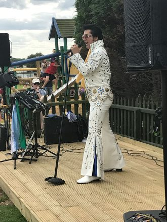 Elvis at the Summertime-Feast of Music