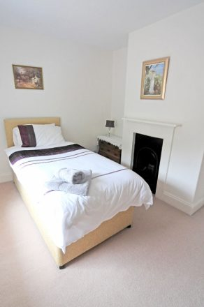 Victoria House holiday cottage, East Runton